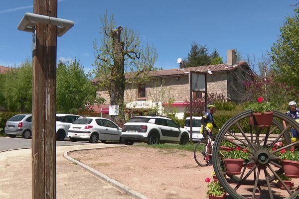A Tarentaise(Loire) l'auberge est en vente depuis le mois de novembre mais avec le confinement peu de repreneurs se manifestent