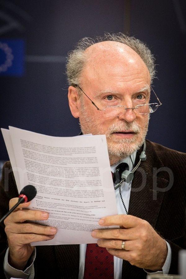 Francis Wurtz a été l'un des rares élus communistes alsaciens : il a été député européen de 1979 à 2009