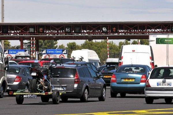 Bouchons sur l'autoroute A9 lors des chassés-croisés estivaux.