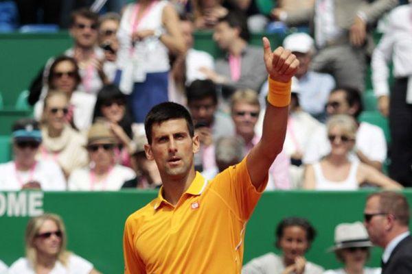 """Pour Nadal, le choc contre """"Djoko"""", """"incontestablement le favori"""" arrive """"un peu tôt""""."""