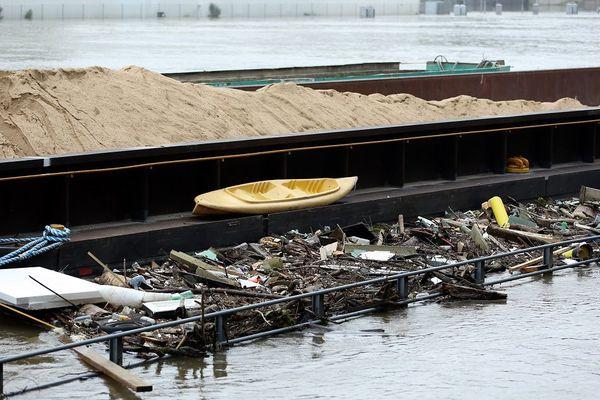 Déchêts liés aux inondations sur la Seine