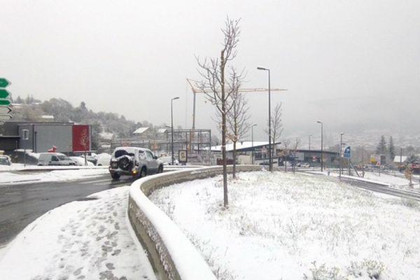 Premiers flocons de neige en Lozère le 8 novembre 2017.