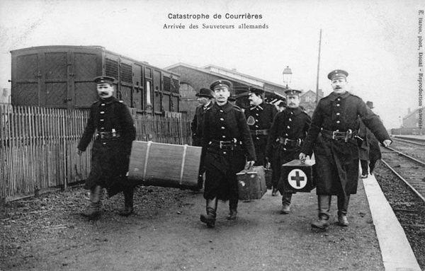 Des sauveteurs allemands sont venus prêtés main forte.