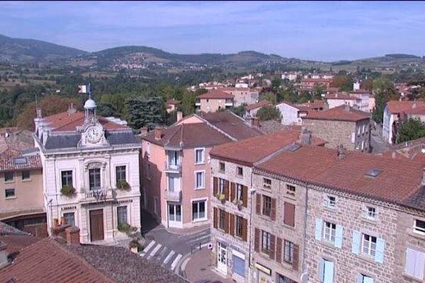 Mornant est une ville du Rhône de 6 000 habitants.
