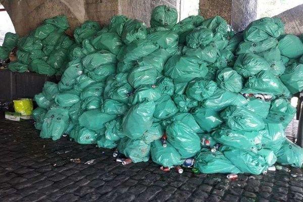 6 tonnes de déchets ont été récoltés en l'espace d'un week-end les 30 et 31 mai 2020 sur les berges du Rhône à Lyon
