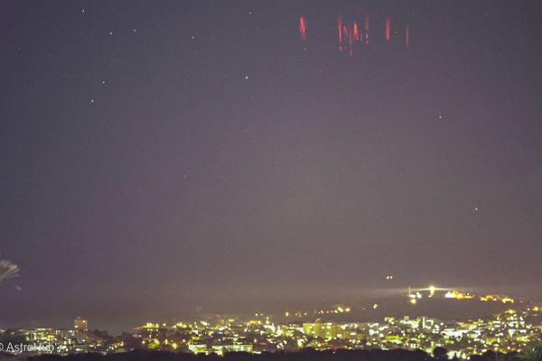 Pluie de farfadets au dessus du Cap d'Antibes. Un cliché exceptionnel réalisé ce 12 décembre par Denis Huber, astronome amateur dans les Alpes-Maritimes.