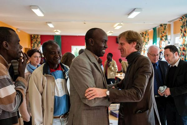 Le directeur de l'OFPRA en visite dans un Centre d'accuei et d'orientation à Croisilles, dans le Pas-de-Calais