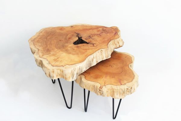 Une table faite par Coralie Velut.