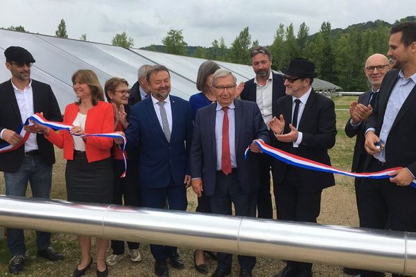 La centrale a été inaugurée ce 21 juin 2019 en présence notamment du président de l'ADEME, du président de Condat et de la Préfète de la Région Nouvelle-Aquitaine