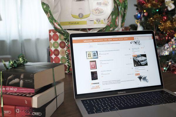 Dès le 25 au matin, la revente en ligne des cadeaux de Noël est lancée.