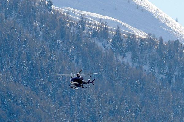 Un homme de 60 ans a été emporté par une avalanche mercredi 20 janvier 2021, l'accident est survenu dans l'Ain. Transporté par hélicoptère à Annecy, il n'a pas survécu (image d'archives)