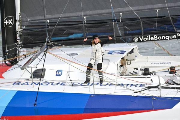 Clarisse Crémer à son arrivée du Vendée Globe 2020 aux Sables d'Olonne, le 3 février 2021