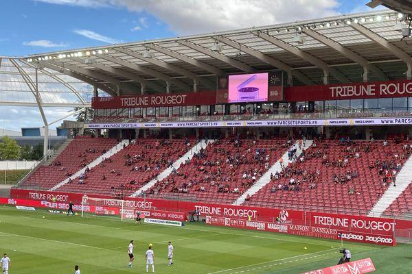 Pour cette reprise au stade Gaston Gérard, la limite est fixée à 5 000 personnes.