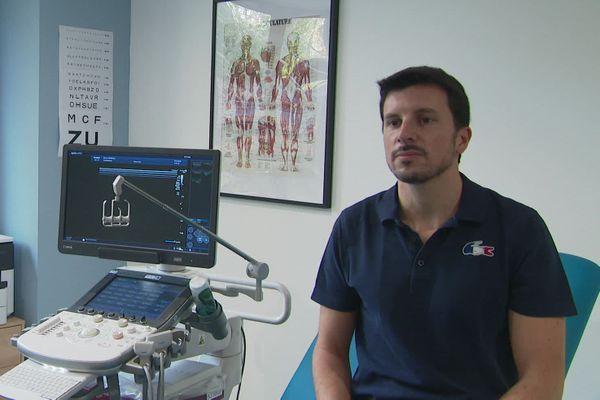 Thibaud Berlivet, médecin du sport au NAHB et pour le pôle espoir d'athlétisme de Nantes.