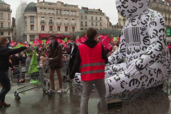 La Manif pour tous a rassemblé un peu plus de 500 personnes dans les rues d'Angers contre le projet de loi bioéthique
