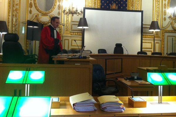 L'avocat général pendant le procès du meurtre de Lucie Beydon à Rennes