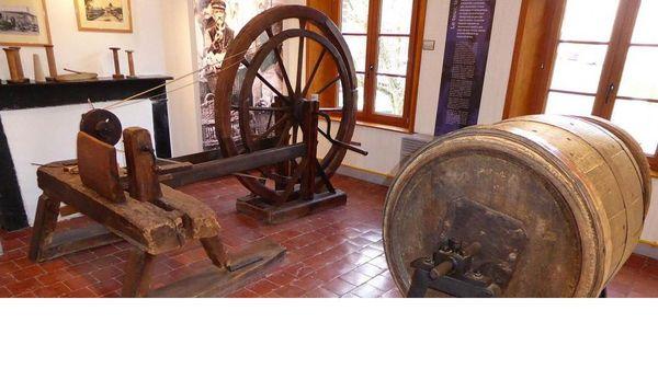Trois salles d'expositions au musée des Bois jolis de Felleries