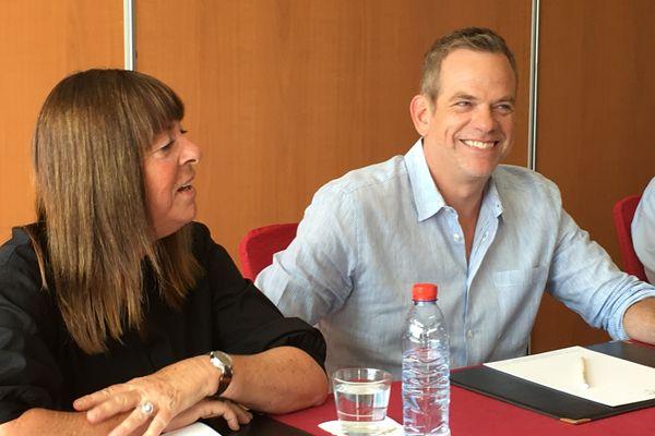 Anne Genest de France 2 et Garou lors de la conférence de presse. C'est lui qui présentera cette soirée exceptionnelle de la Fête de la musique à Nice.