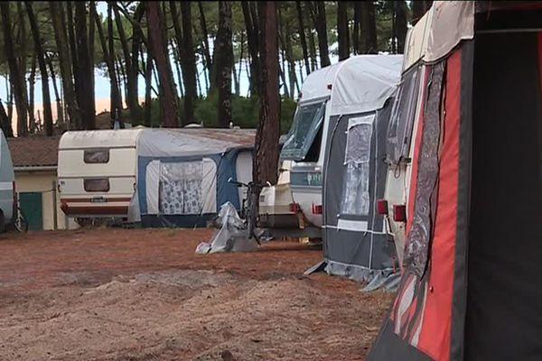 Une centaine de saisonniers peuvent loger ici pour une somme entre 200 et 300 euros par mois.
