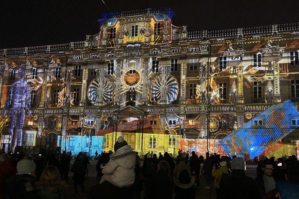 Grégory Doucet, maire de Lyon, se donne jusqu'au 15 novembre pour décider du maintien de la Fête des Lumières