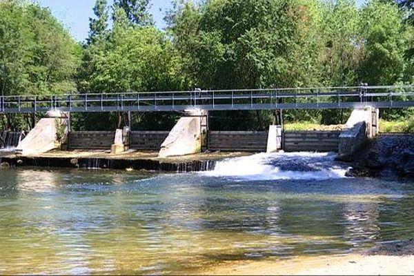 La microcentrale hydroélectrique de Champdôtre.