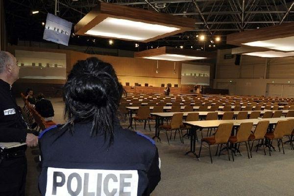 Le parc des expositions de Marseille a été aménagé pour accueillir pendant un mois le tribunal correctionnel chargé de juger l'affaire PIP.