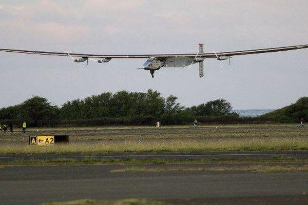 L'avion solaire Solar Impulse 2 s'est envolé jeudi depuis Hawaï en direction de la côte ouest américaine.