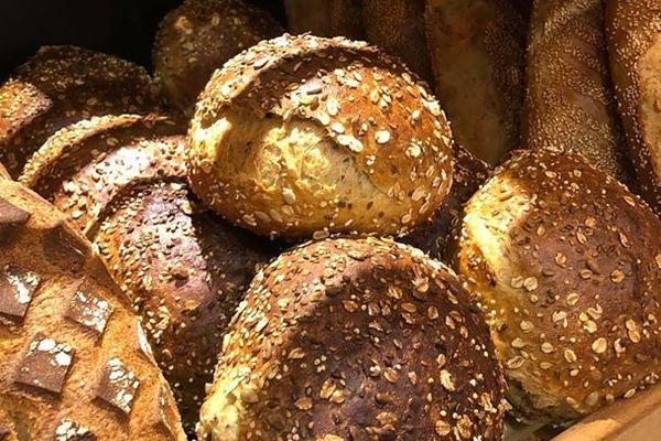 Depuis mercredi 25 mars, la boulangerie KG Piraux assure des livraisons de pain.