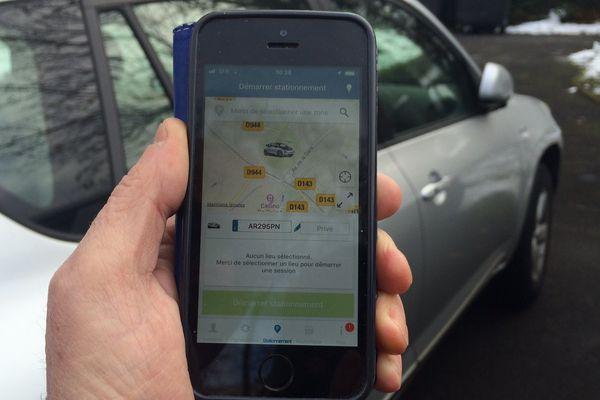 L'application ParkNow entre en service ce lundi 4 décembre à Clermont-Ferrand.