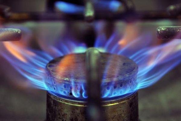 Les tarifs réglementés du gaz devraient baisser très légèrement en décembre 2013, après une année marquée par de fortes hausses.