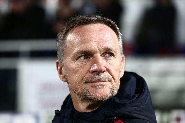 09/10/2018 - Le Gazélec FC Ajaccio (Ligue 2) a décidé de se séparer de son entraîneur Albert Cartier.