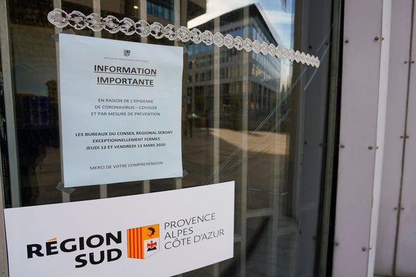 L'hôtel de Région Provence-Alpes-Côte d'Azur à Marseille (Bouches-du-Rhône) déjà fermé jusqu'à dimanche en raison du Coronavirus, a vu sa fermeture prolongée.