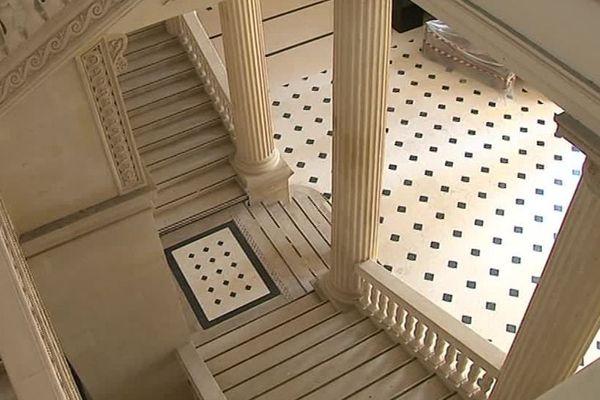 Nîmes - le palais de justice - 2018