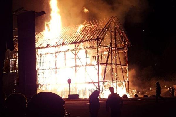 Incendie d'un séchoir à tabac à Guémar