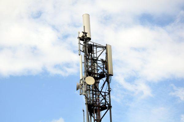 Une nouvelle antenne relais incendiée cette nuit à Toulouse.