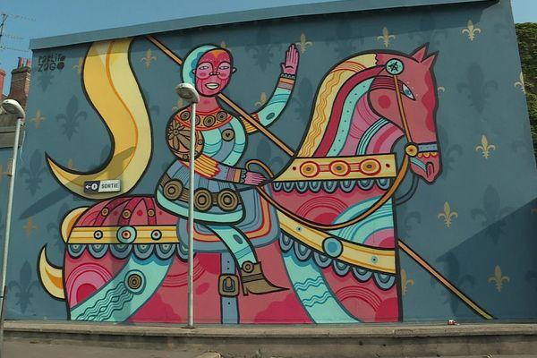 La Jeanne d'Arc de Pablito Zago à la gare routière d'Orléans.