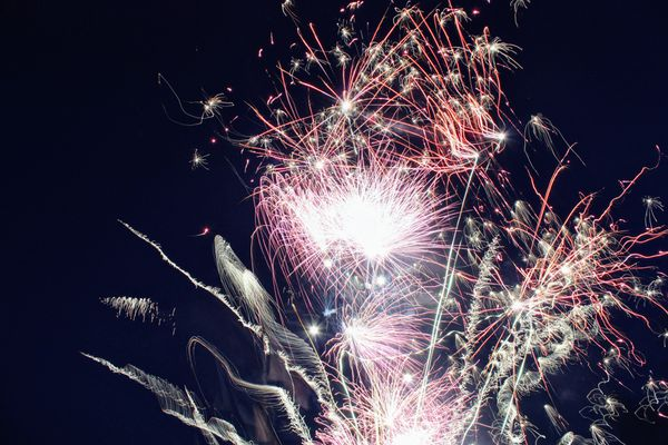 Adeptes de feux d'artifice, avec des précautions vous pourrez assister à la fête nationale du 14 juillet 2021, dans les Hauts-de-France.