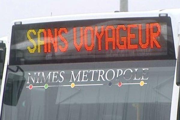 Bus en grève à Nîmes. Janvier 2014.