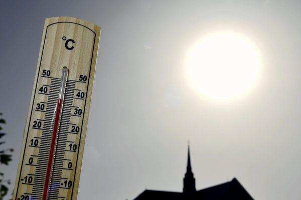 Une vague de chaleur va frapper l'ensemble de la France et l'Auvergne à partir du samedi 12 septembre.