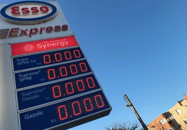 Station-service Esso fermée, ce mercredi 25 décembre à 9 heures