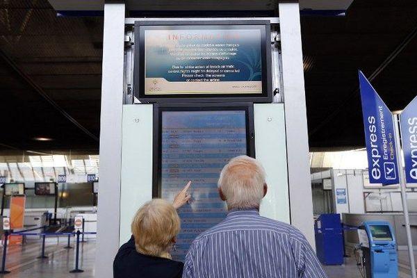 La réduction des programmes de vols concerne les aéroports d'Orly, Beauvais, Lyon, Nice et Marseille, a indiqué la DGAC.