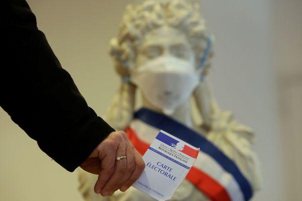 Les Français appelés à voter aux élections municipales, malgré la crise sanitaire du coronavirus