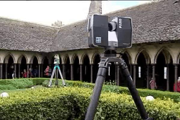 Durant trois semaines le Mont-Saint-Michel est passé au crible de scanners lasers
