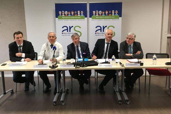 Conférence de presse à l'ARS des Pays de la Loire, le 28  février 2020, suite au premier cas de coronavirus à Nantes