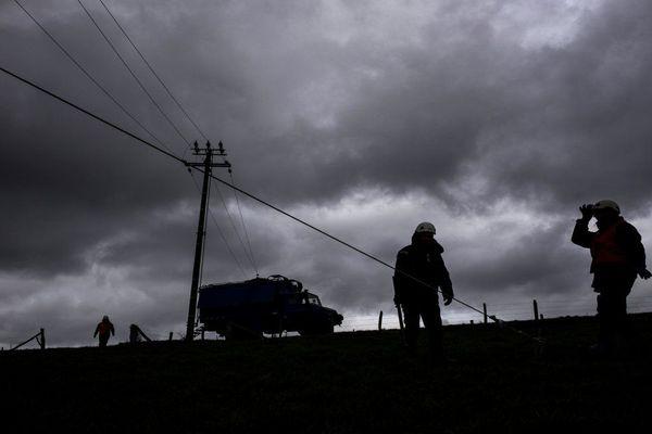 Les services d'Enedis interviennent après une tempête
