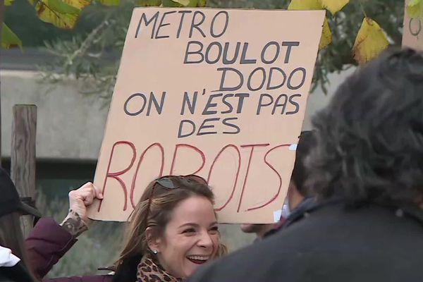 Mauguio (Hérault) - des restaurateurs partent manifester à Marseille - 26 novembre 2020.