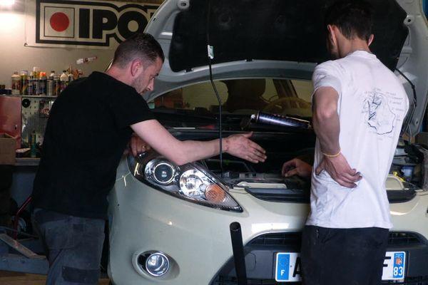 « Garage, des moteurs et des hommes » un film de Claire Simon diffusé le 12 avril 2021 à 23h sur France 3 Provence-Alpes-Côte d'Azur.