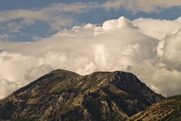 Mountain Cloud Bank by arbyreed