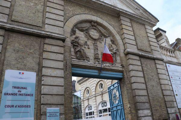 Neuf membres de la famille étaient jugées devant les assises de Saint-Omer dans le Pas-de-Calais.