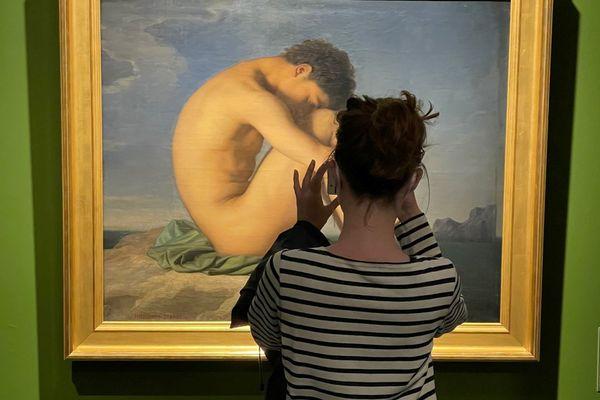 """Les frères Flandrin sont à l'honneur, pour la réouverture du Musée des Beaux Arts de Lyon. On peut évidemment y admirer l'une des oeuvres les plus connues d'Hyppolite Flandrin """"jeune homme nu assis sur un rocher au bord de la mer"""", une huile sur toile élaborée en 1835-1836"""
